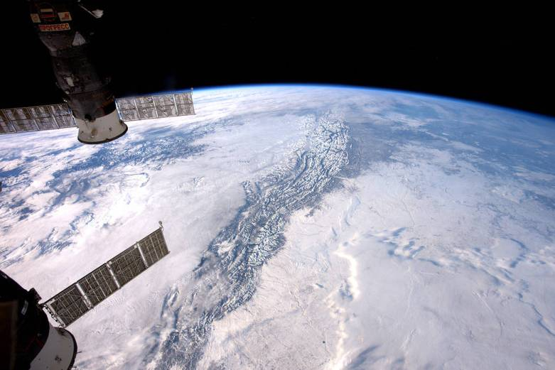 rockies-from-iss-jan-10-2017